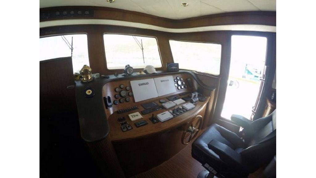 trawler motor yacht (52)