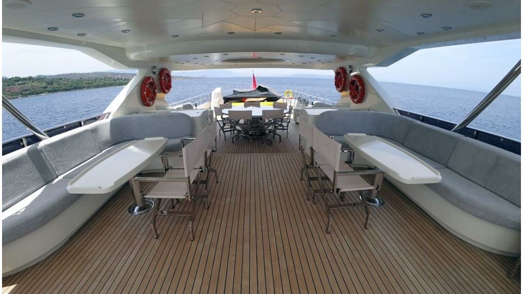 Trawler Motor Yacht (6)
