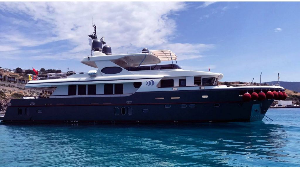 trawler-motor-yacht