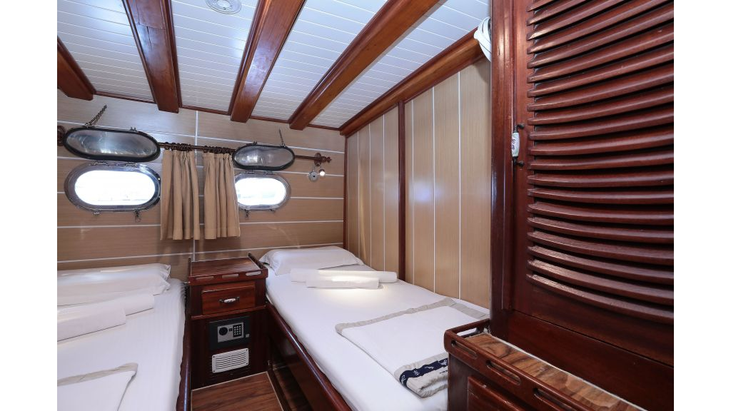 Turkish Commercial Charter Yacht for Sale (19)