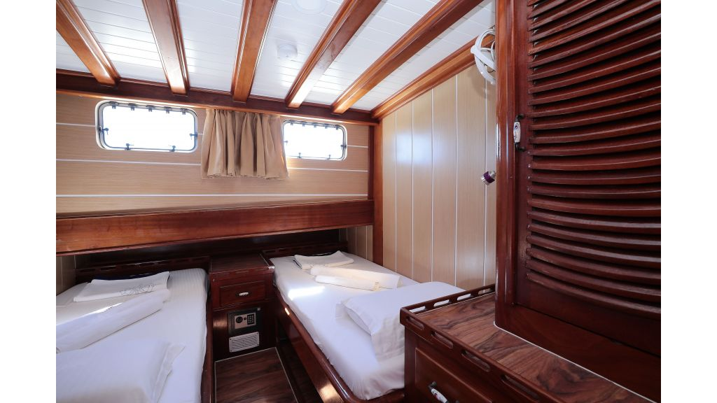 Turkish Commercial Charter Yacht for Sale (22)