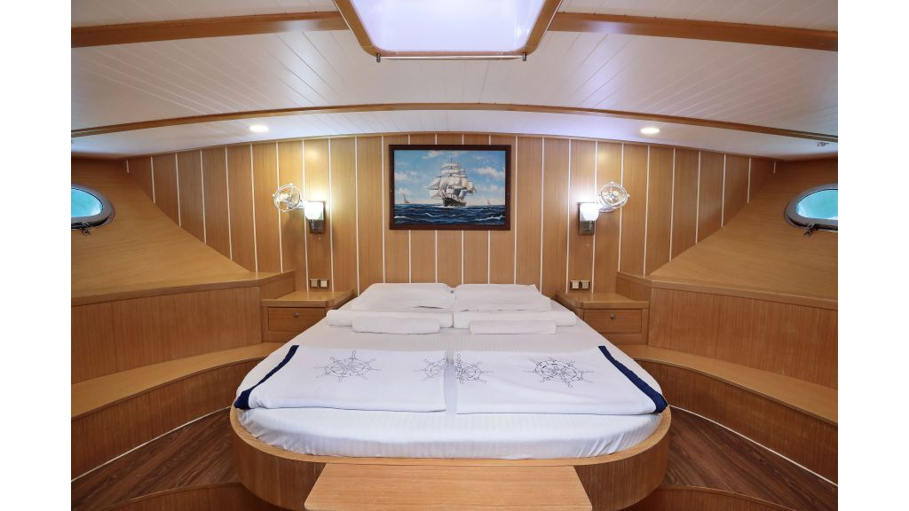 Turkish Commercial Charter Yacht for Sale (32)