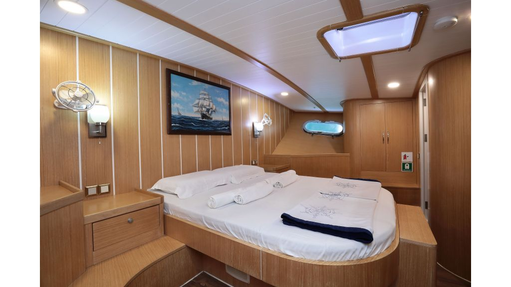 Turkish Commercial Charter Yacht for Sale (33)