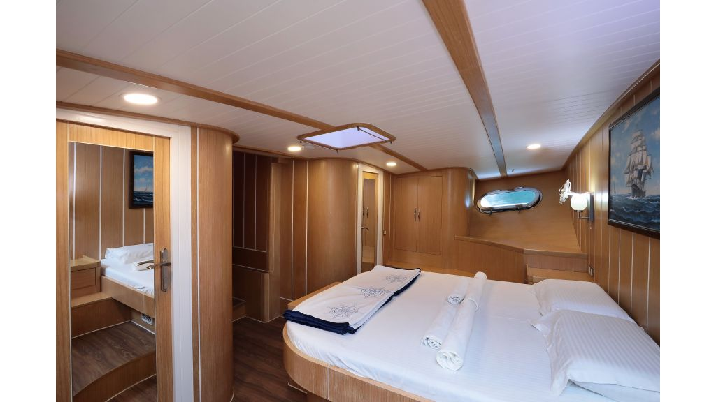 Turkish Commercial Charter Yacht for Sale (35)