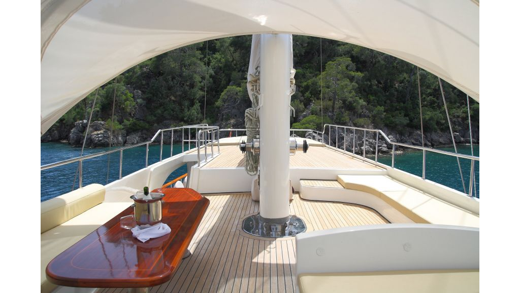 Alessandro Luxury sailing yacht (41)