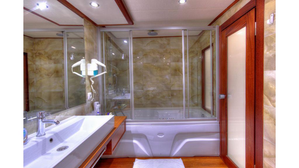 Alessandro Luxury sailing yacht (50)