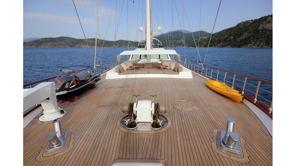 Alessandro Luxury sailing yacht (53)