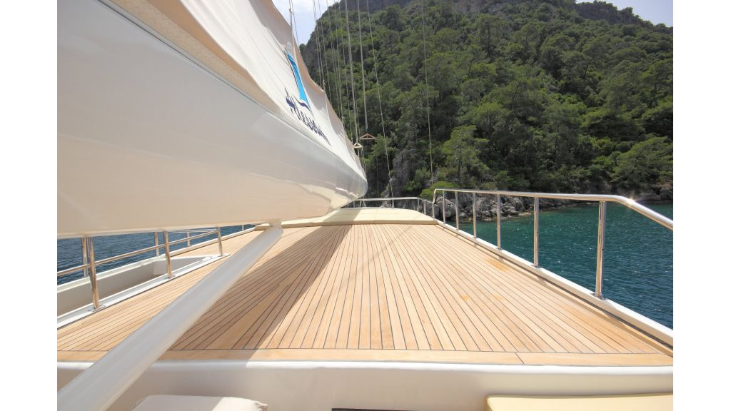 Alessandro Luxury sailing yacht (55)