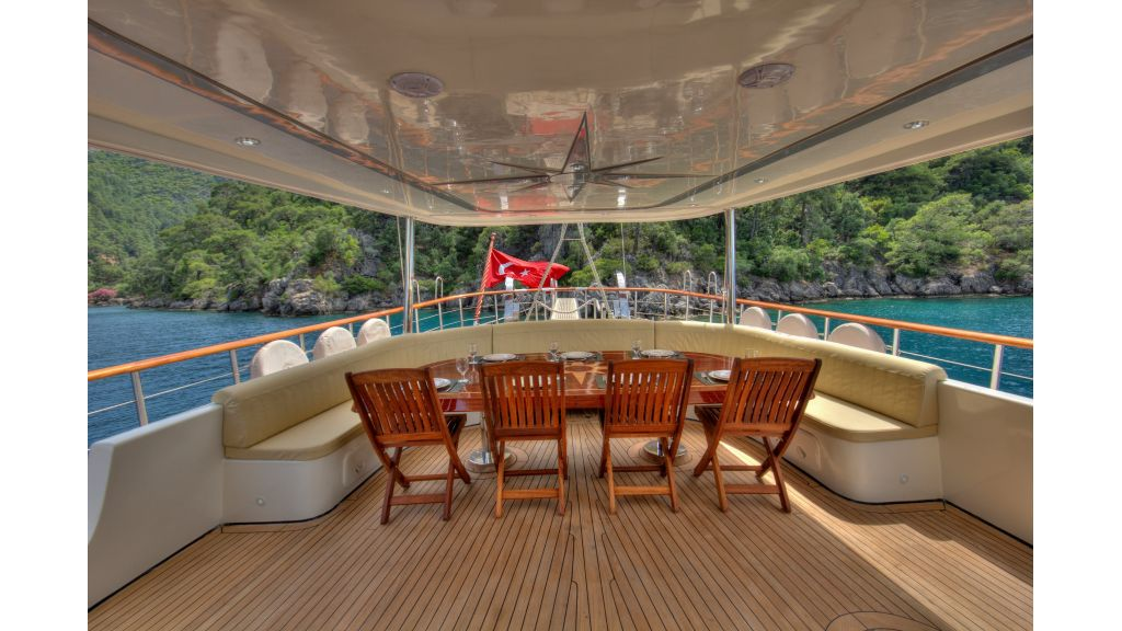 Alessandro Luxury sailing yacht (8)