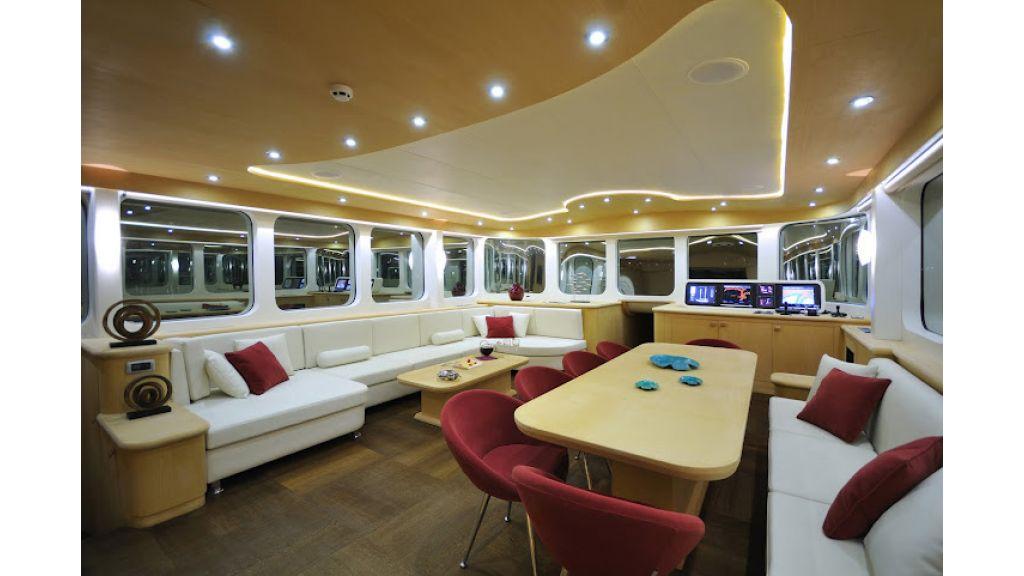2011-custom-designed-schooner (13)