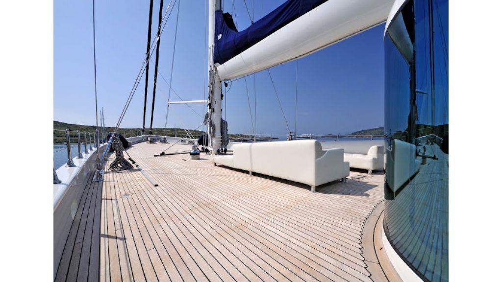 2011-custom-designed-schooner (17)