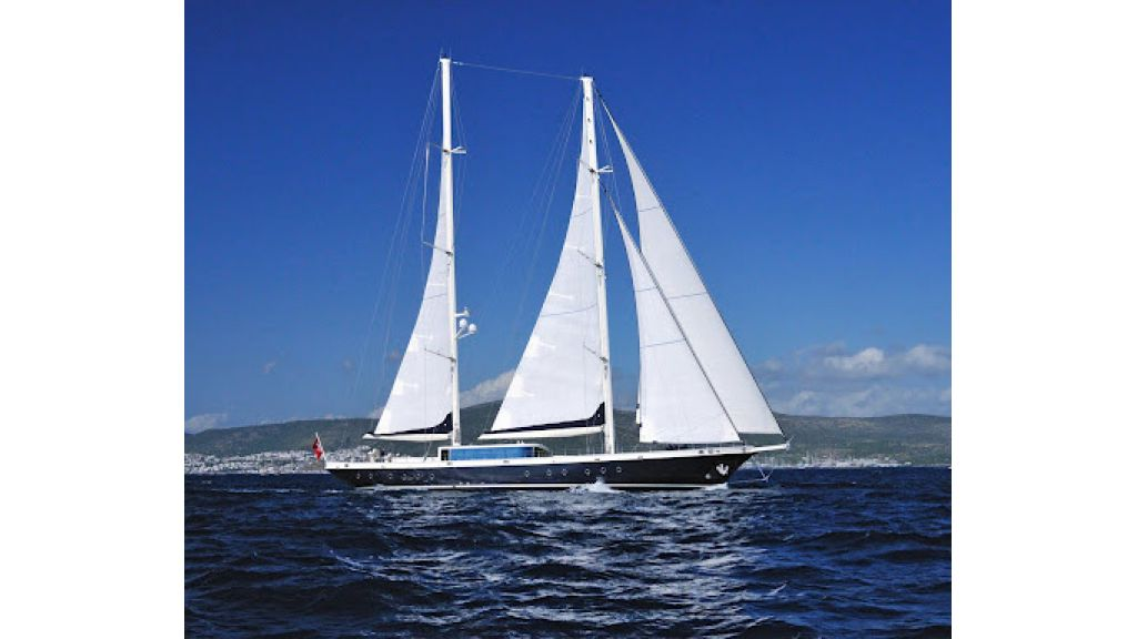 2011-custom-designed-schooner (4)