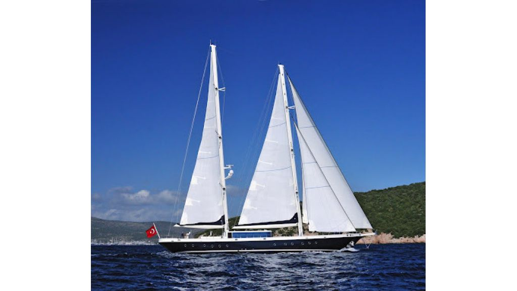 2011-custom-designed-schooner (5)