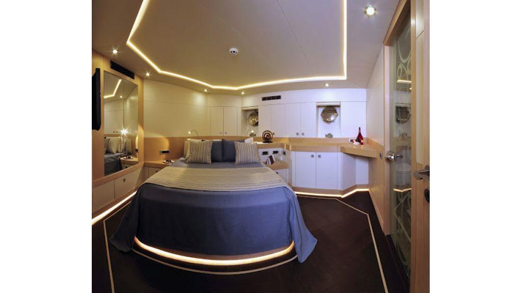 2011-custom-designed-schooner (8)