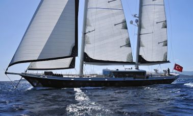 2011-custom-designed-schooner (10)