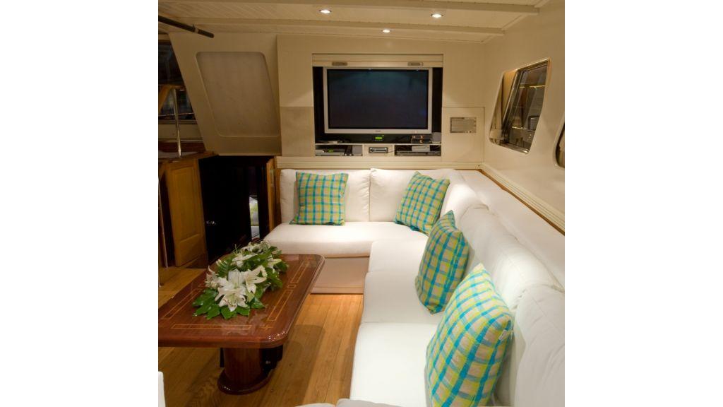 Motor Sailor yacht for sale (21)