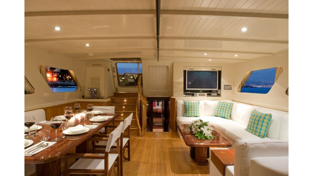 Motor Sailor yacht for sale (16)