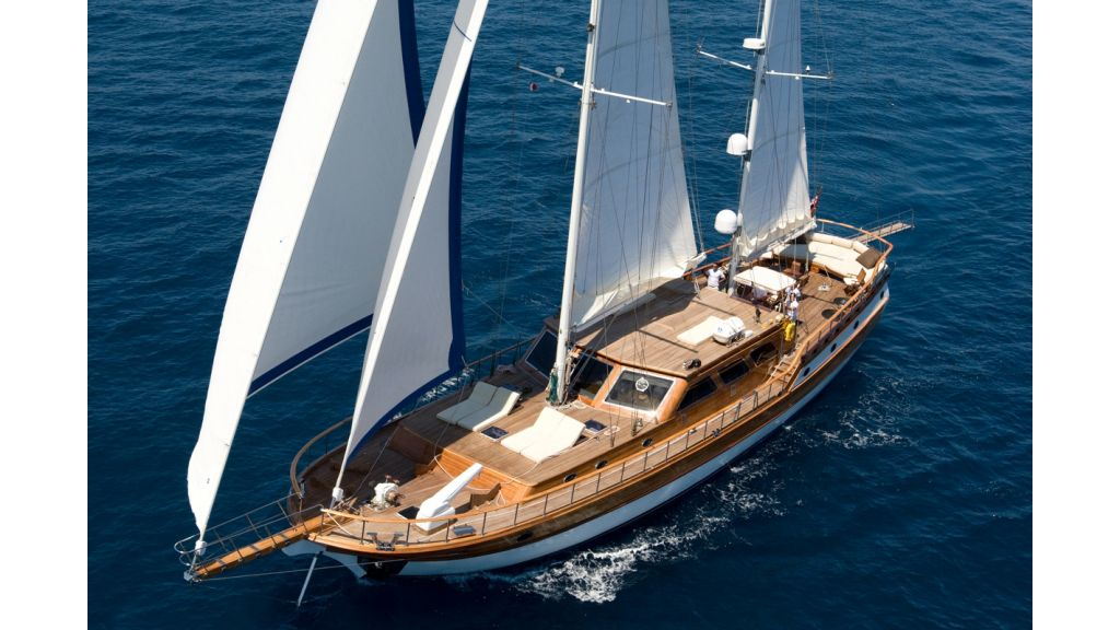 Motor Sailor yacht for sale (19)