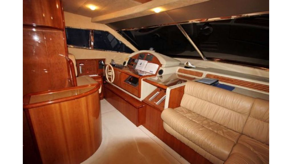 Ferretti_72_for_sale (11)