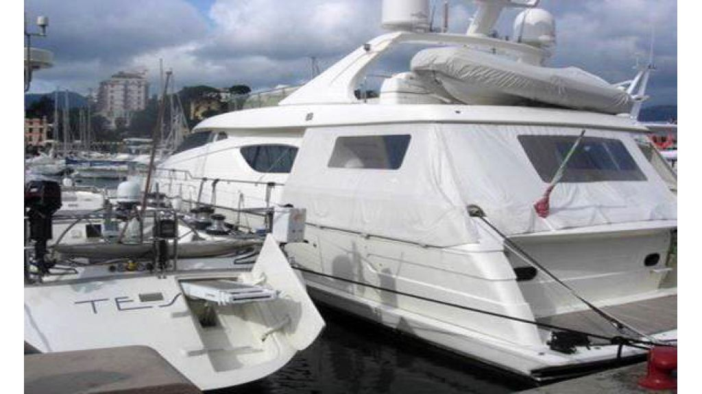 Ferretti_72_for_sale_ (1)