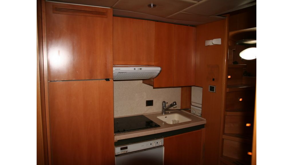 Aluminium hull motoryacht for sale (54)