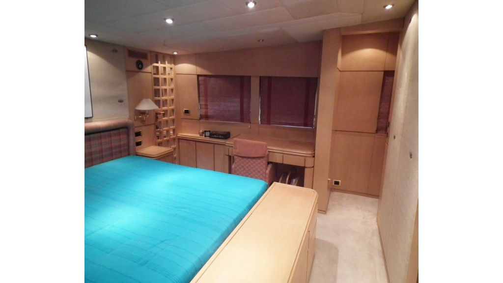 Aluminium hull motoryacht for sale (11)