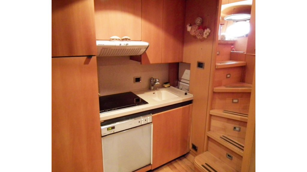 Aluminium hull motoryacht for sale (28)