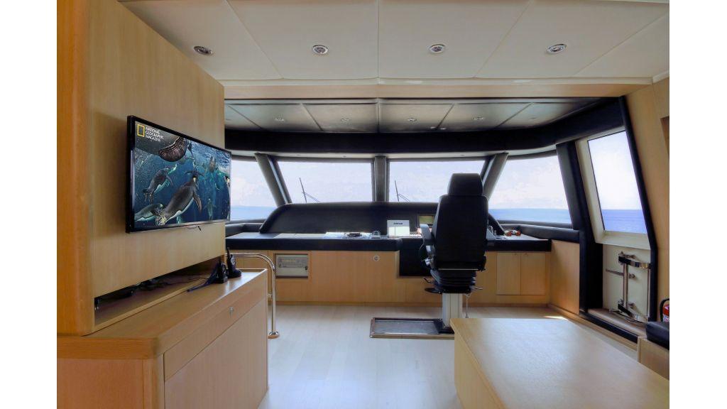 28m Steel Motoryacht (20)