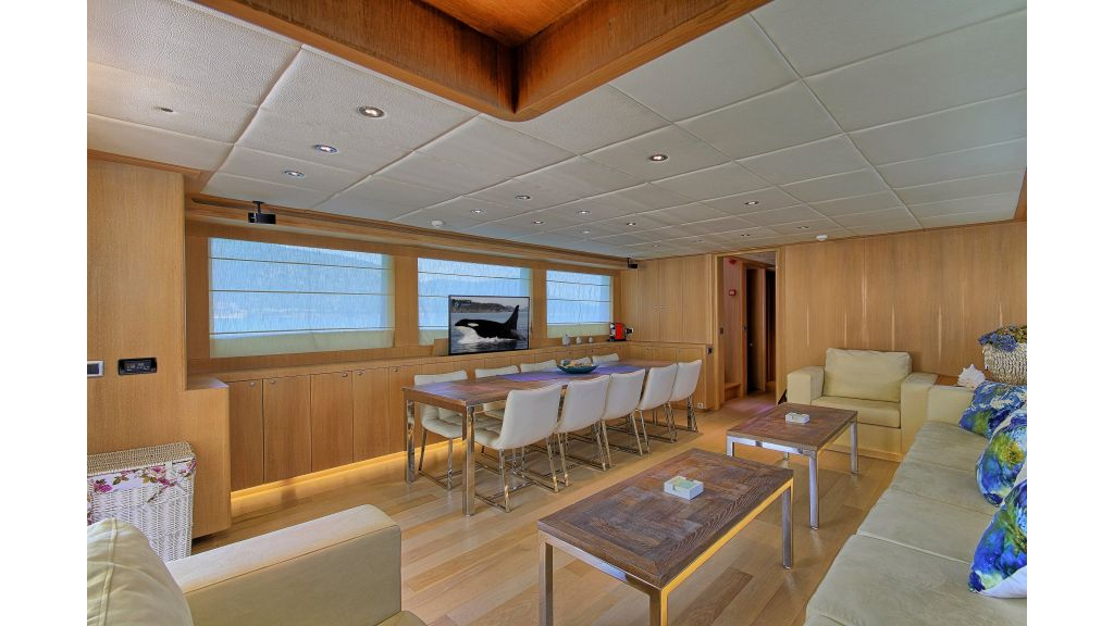 28m Steel Motoryacht (27)