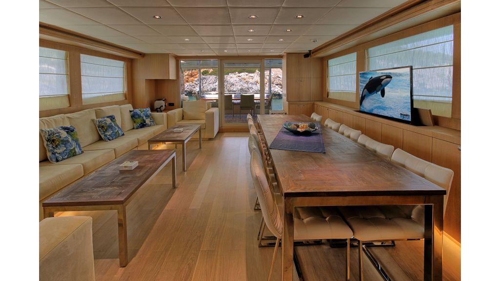 28m Steel Motoryacht (31)