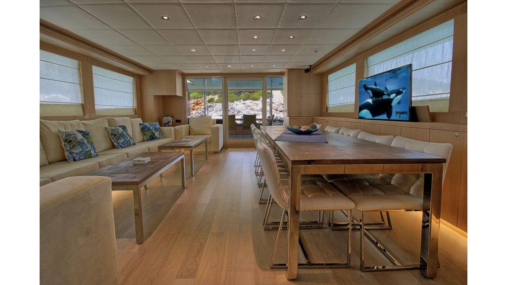 28m Steel Motoryacht (32)