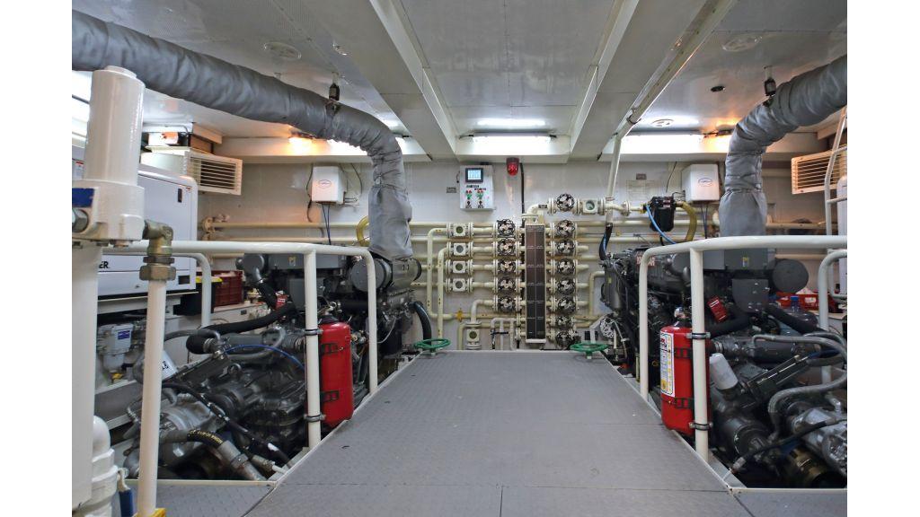 28m Steel Motoryacht (56)