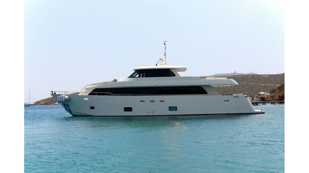 28m Steel Motoryacht (59)