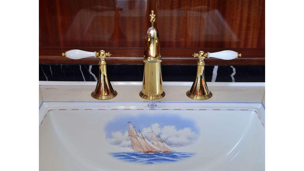 Custom_Designe_Sailing_Yacht  (19)