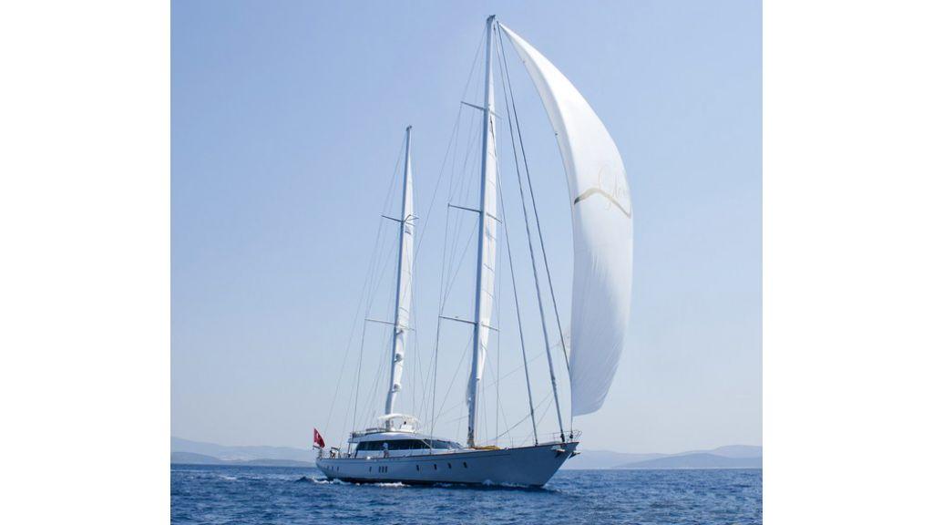 Custom_Designe_Sailing_Yacht  (27)