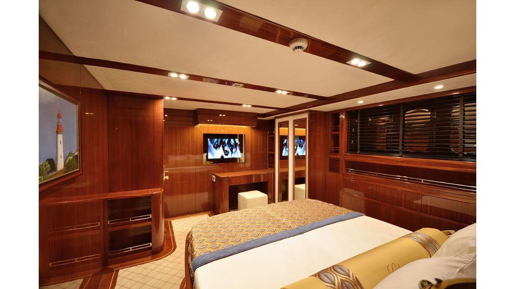 Custom_Designe_Sailing_Yacht  (9)