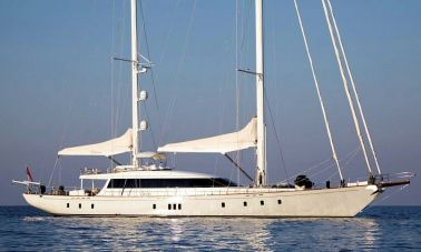 Sailing Yacht Glorious (1) - master