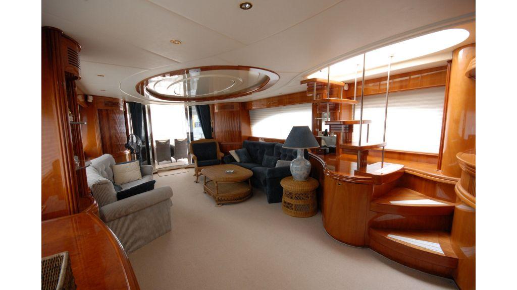 Queen A Azimut 85 motor yacht (33)