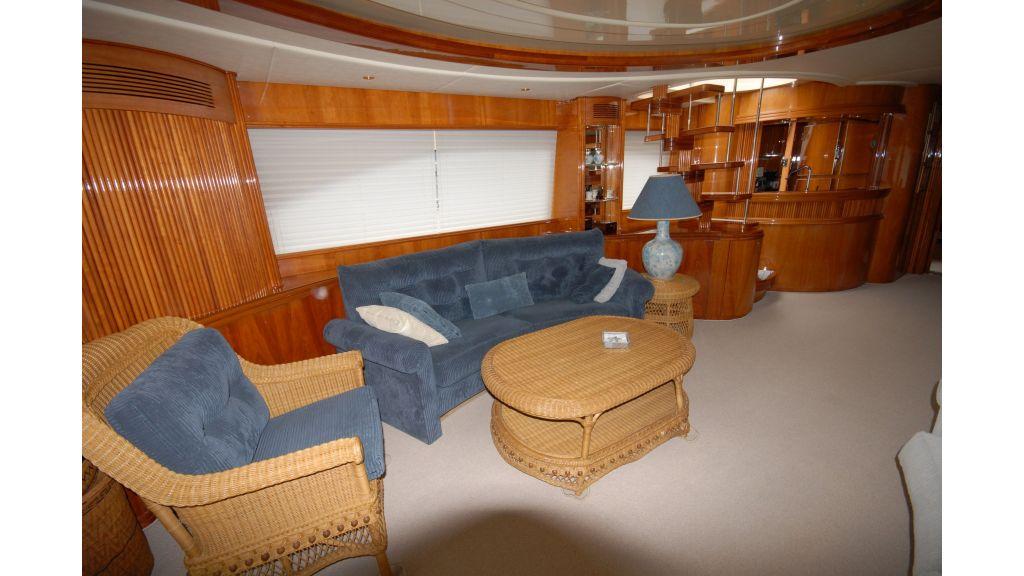 Queen A Azimut 85 motor yacht (34)