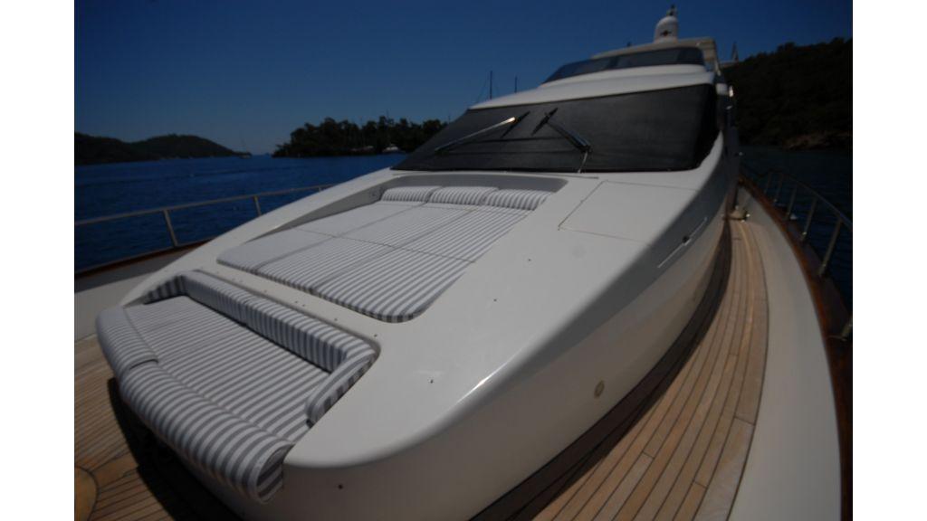 Queen A Azimut 85 motor yacht (50)