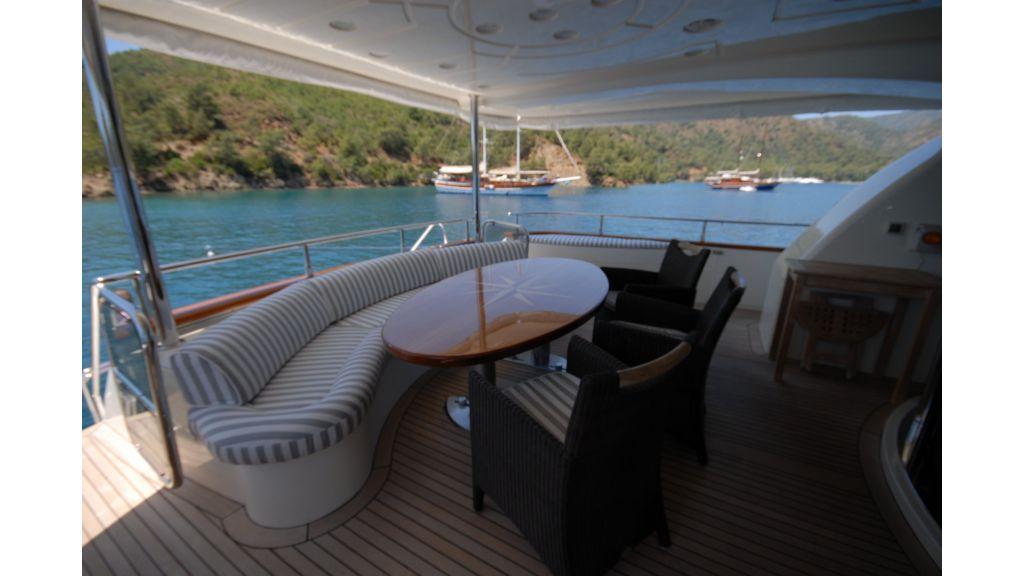 Queen A Azimut 85 motor yacht (51)
