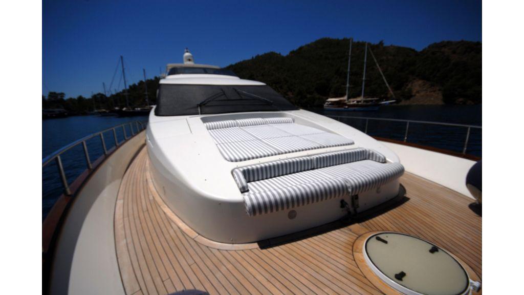 Queen A Azimut 85 motor yacht (53)