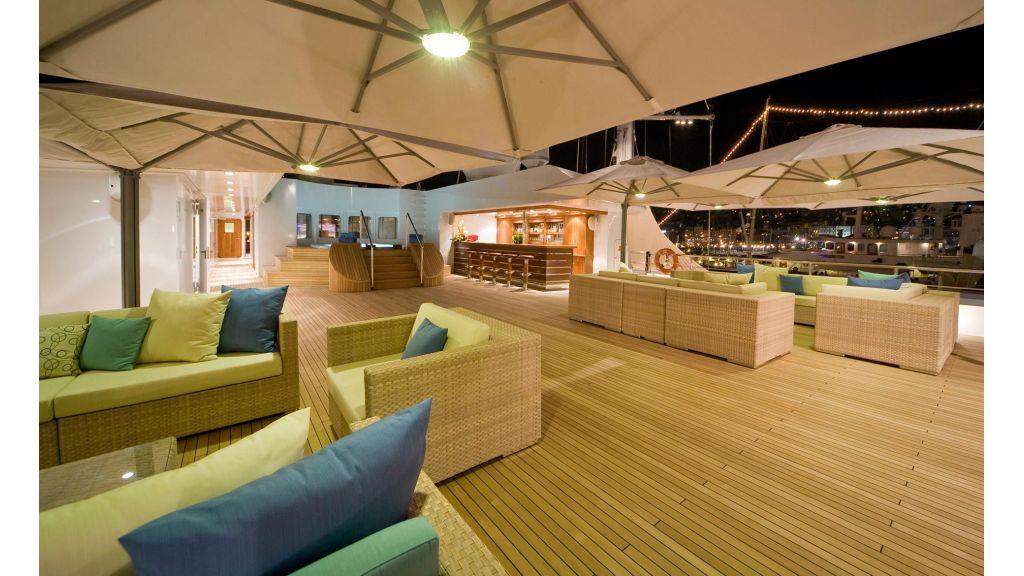 Lauren L-Luxury-Mega yacht Master