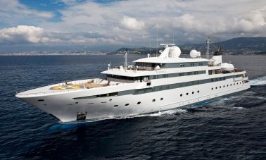 Lauren L- Mega yacht Master