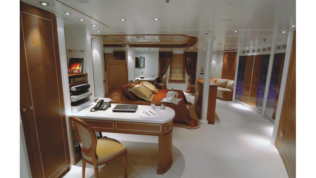 Rm-Elega-Motoryacht (4)