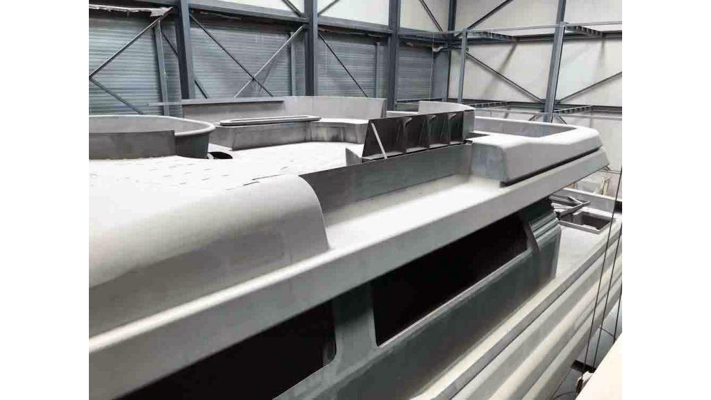 Steel Aluminium Motor yacht (2)