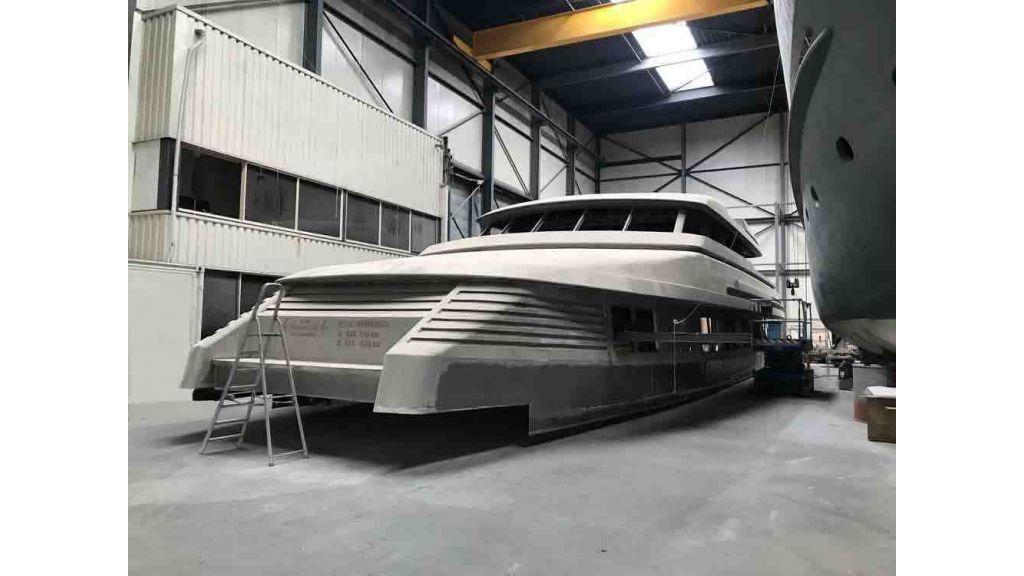 Steel Aluminium Motor yacht (7)