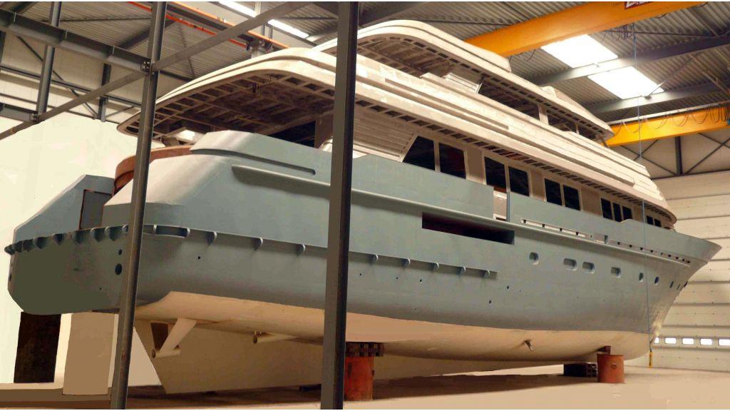 Steel Aluminium Motor yacht (9)