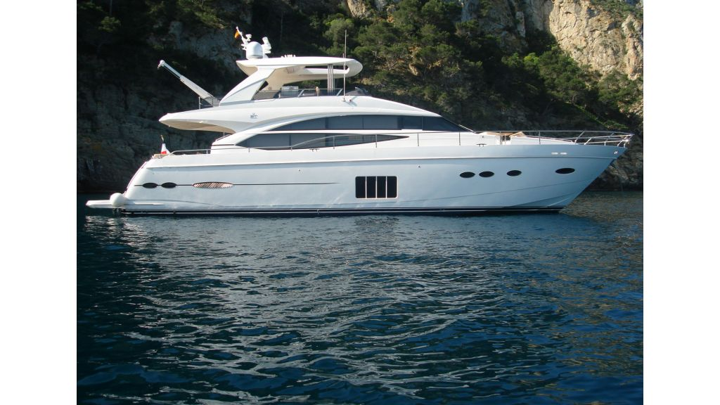 Princess 72 Motoryacht (3)