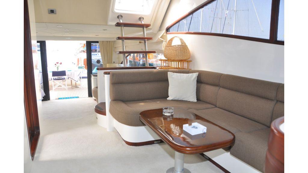 Laminated Motoryacht (2)